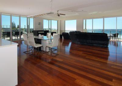 Penthouse 303 Kitchen